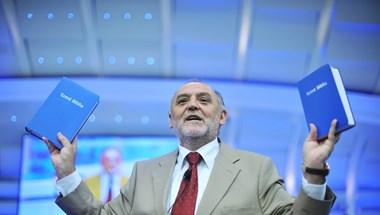 Németh Sándor nagyon durván bevédte a kormányt a Sargentini-jelentéssel szemben