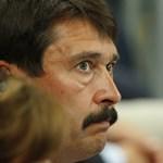 Jogellenes volt Áder határozata: újra munkába állhat két kora miatt felmentett bírónő