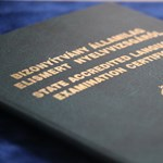 Nincs adatbázis a 2000 előtti nyelvvizsgákról - az elveszett papírokat sem tudják pótolni