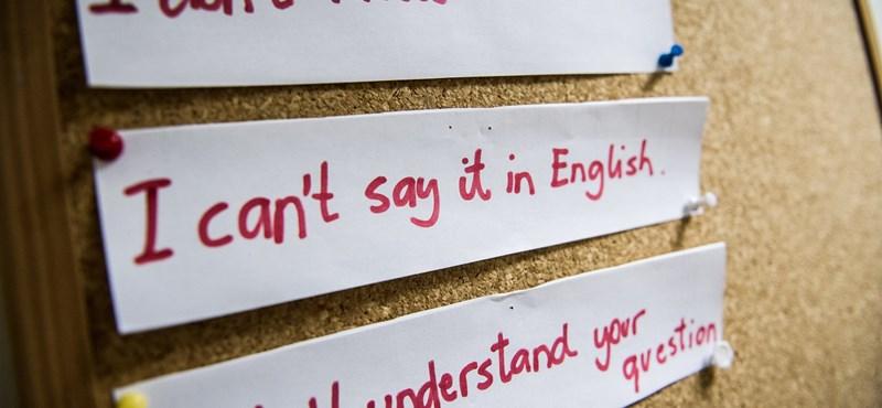 Augusztustól újra lehet jelentkezni az ingyenes nyelvtanfolyamokra