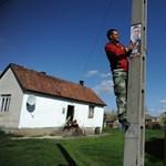 Az Ab sem segít a villanyoszlopra plakátolókon