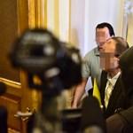 Quaestor-per: A vád szerint Tarsoly utasítására dézsmálták az ügyfélvagyont