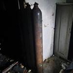 Mesterlövész lőtt ki egy gázpalackot Szederkényben