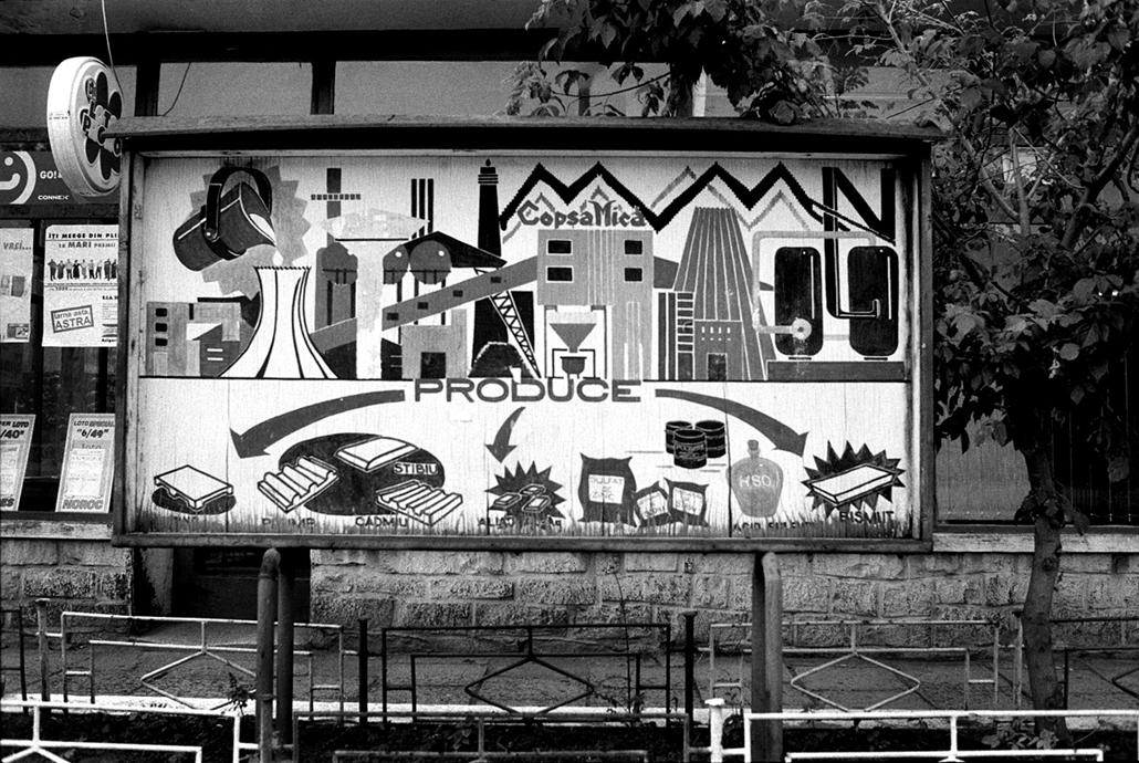 NE HASZNÁLD! Nagyításhoz kaptuk! Molnár Zoltán, Szénfeketék kiállítás, Erdély, Kiskapus, Románia (2001-2012)