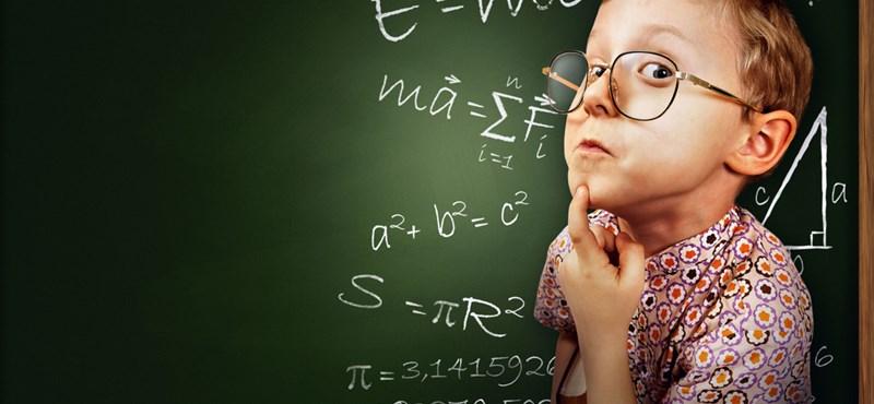 Ezen a matek feladaton sokan elbuknak. Ti ismeritek a nevezetes azonosságokat?