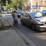Megint autók csattantak egy veszélyes újlipóti kereszteződésben – fotók
