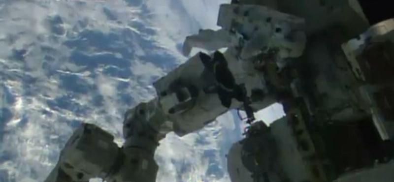 Kövesse élőben a kedd esti űrsétát - videó