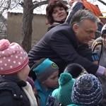 A PDSZ üzeni a kampányolóknak: Súlyosan etikátlan biodíszletként használni gyerekeket
