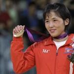 """A Nagy Utód """"gyengéd szeretetétől"""" ilyen sikeresek az észak-koreai sportolók"""