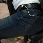 Nagy ötlet: ezzel az övvel a zsebében töltheti a mobilját