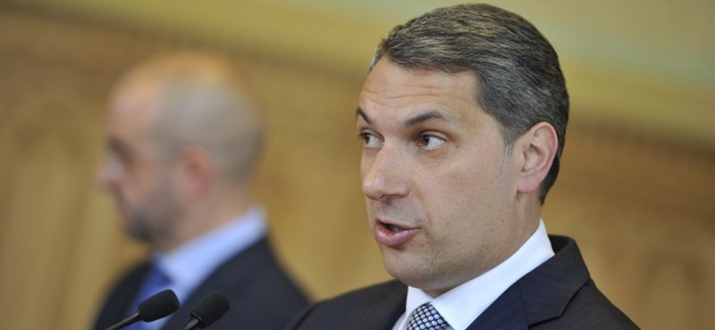"""Kormányinfó: Lázár: """"A Fideszben zéró tolerancia van korrupcióügyben"""""""