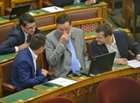 Kilép a Jobbikból a frakcióból kizárt Volner János