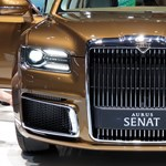 Putyin orosz hibrid luxuslimuzinja ledobta a tetejét – videó
