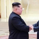 A demarkációs vonalon találkoznak a két Korea vezetői