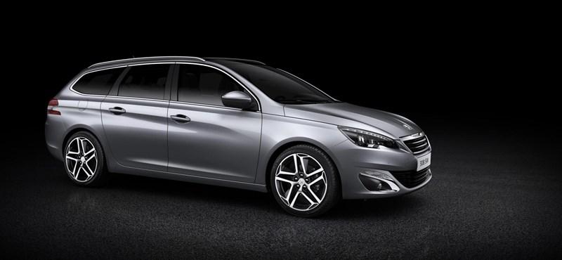 Első képek az új kombi Peugeot 308-asról