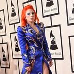 David Bowie fiát kiakasztotta Lady Gaga grammy-s megemlékezése