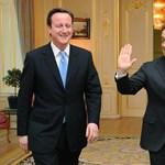 Líbiába utazik holnap Sarkozy és Cameron