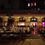 Az urbánus purgatórium sugárútján – a Gozsdu-udvar az új Budapest