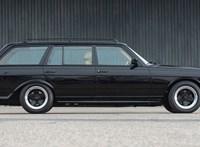 Kevés titokzatosabb Mercedes létezik, mint ez a régi fekete AMG kombi