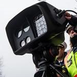 259 km/h-val száguldott egy motoros nő a 8-as főúton