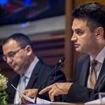45 helyen győzhető le a Fidesz a V18 és Márki-Zay szerint is