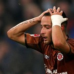 Rálőttek az Erdogant bíráló focista autójára Németországban