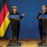 """Német média: """"Orbán kővé vált arccal"""" hallgatta Merkel bírálatait"""