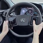 A Hyundai szerint jó ötlet két érintőkijelzőt tenni a kormányra – és Ön szerint?