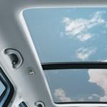 Nagy durranás: egy hatalmas újabb légzsák kerül az autókba