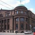 Állami kézbe kerülnek a nemzeti bank ingatlanai - Litvániában