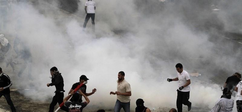 Ötezren tüntettek Bahreinben, az összecsapás sem maradt el
