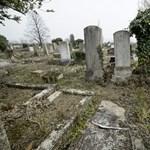 Lázár egyéni javaslatot adott be a régi zsidótemetőkről