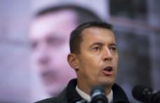 Panziót épít avolt Jobbik-elnök a Mátrában