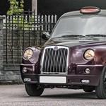 Rolls-Royce lett ez a londoni taxi, de az ára is olyan