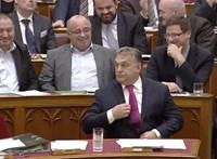 Orbán adventi fotóján már felsejlik az új munkahelye