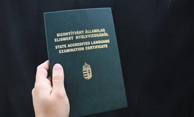 Melyik nyelvvizsga ér többet, az egy- vagy a kétnyelvű?