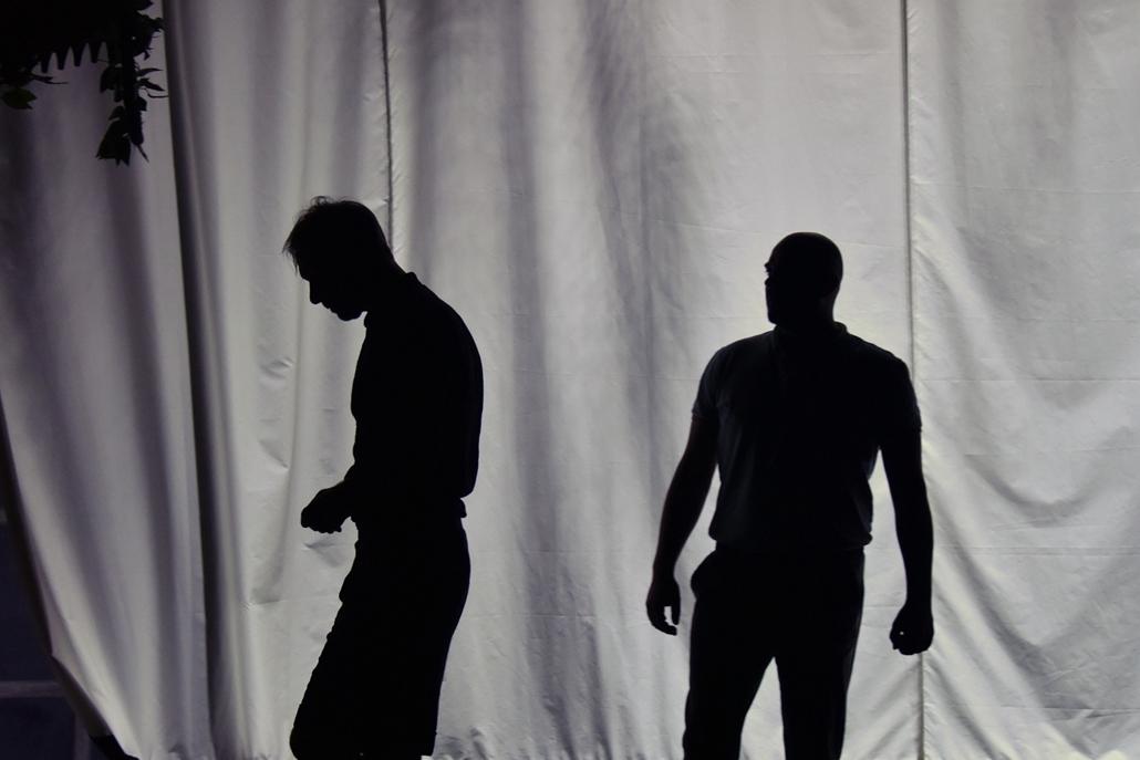 kka.17.10.26. - Ádám almái színdarab a Radnóti színházban