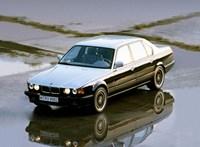 Két fényűző BMW-t is tervezett Karl Lagerfeld