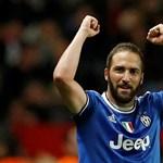 Juventus: Higuaín el, Bonucci vissza