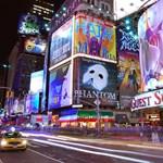 Reklám és arcanalízis Facebook-profil alapján