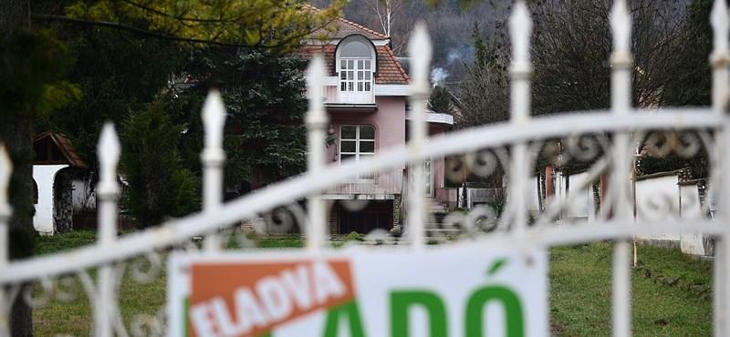 Tolonganak a vevők az ingatlanpiacon