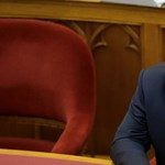 Vona szemtől szembe kommunistázta le Orbánt – percről percre