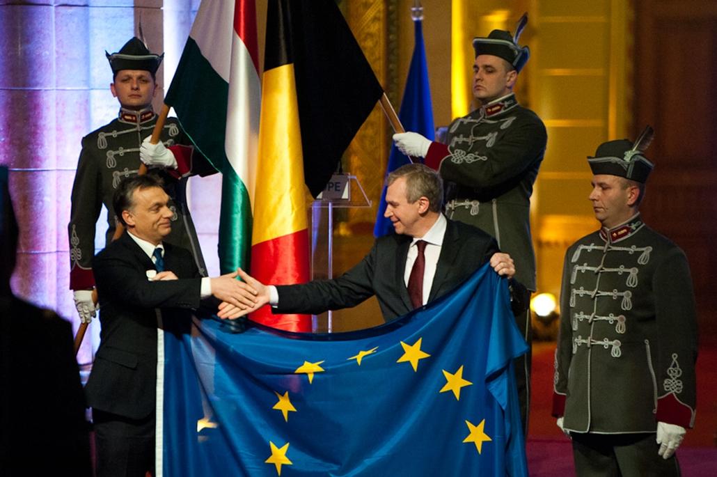 1 EU elnökség nagyítás