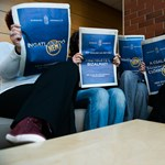 Fotók: Máris mém lett a kormány IMF-ellenes hirdetéseiből