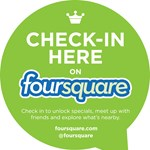 Reklámokat mutat becsekkolás után a Foursquare