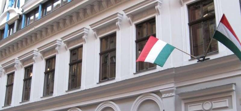 Fidesz: átfogó lakásépítési program, 850 ezer új munkahely!