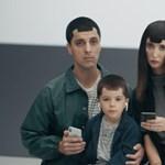 Kinevették az Apple-t, most mégis jön a szenzorszigettel szerelt Samsung telefon