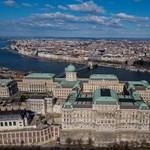 Az Országos Széchényi Könyvtárról kérdezték volna a kormányt, válasz helyett kioktatás érkezett
