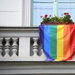 Brüsszel fellép az LMBTIQ közösség jogainak érdekében, Magyarországnak is üzentek