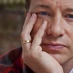Bedobta az úgynevezett csajozós figurát a Twitteren Jamie Oliver